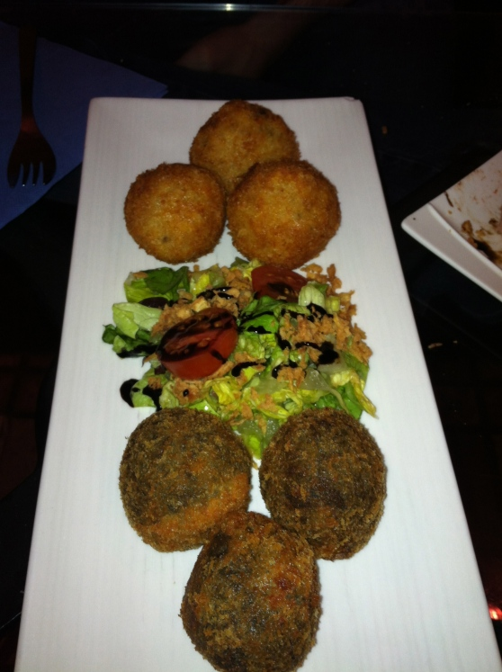 One of my favorite tapas: croquetas! La Pasa serves theirs as round balls, rather than the traditional log shape.